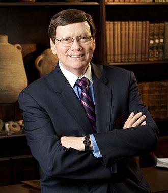 Dr-Ed-Hindson-Liberty-religion-dean